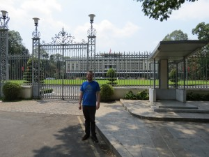 """Michael in front of """"Reunification Palace"""""""